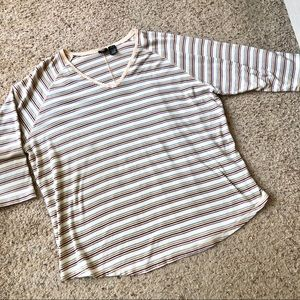 Mossimo Woman size 3x striped vneck tee, 26/28w